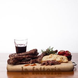 Salsiccia-secca-piccante-ricetta-nonno-lorenzo