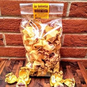 cioccolatini-cuneesi-basin-di-fusan-rhum-crema-cioccolato-occelli-la-fattoria-1946-piemonte-shop (10)